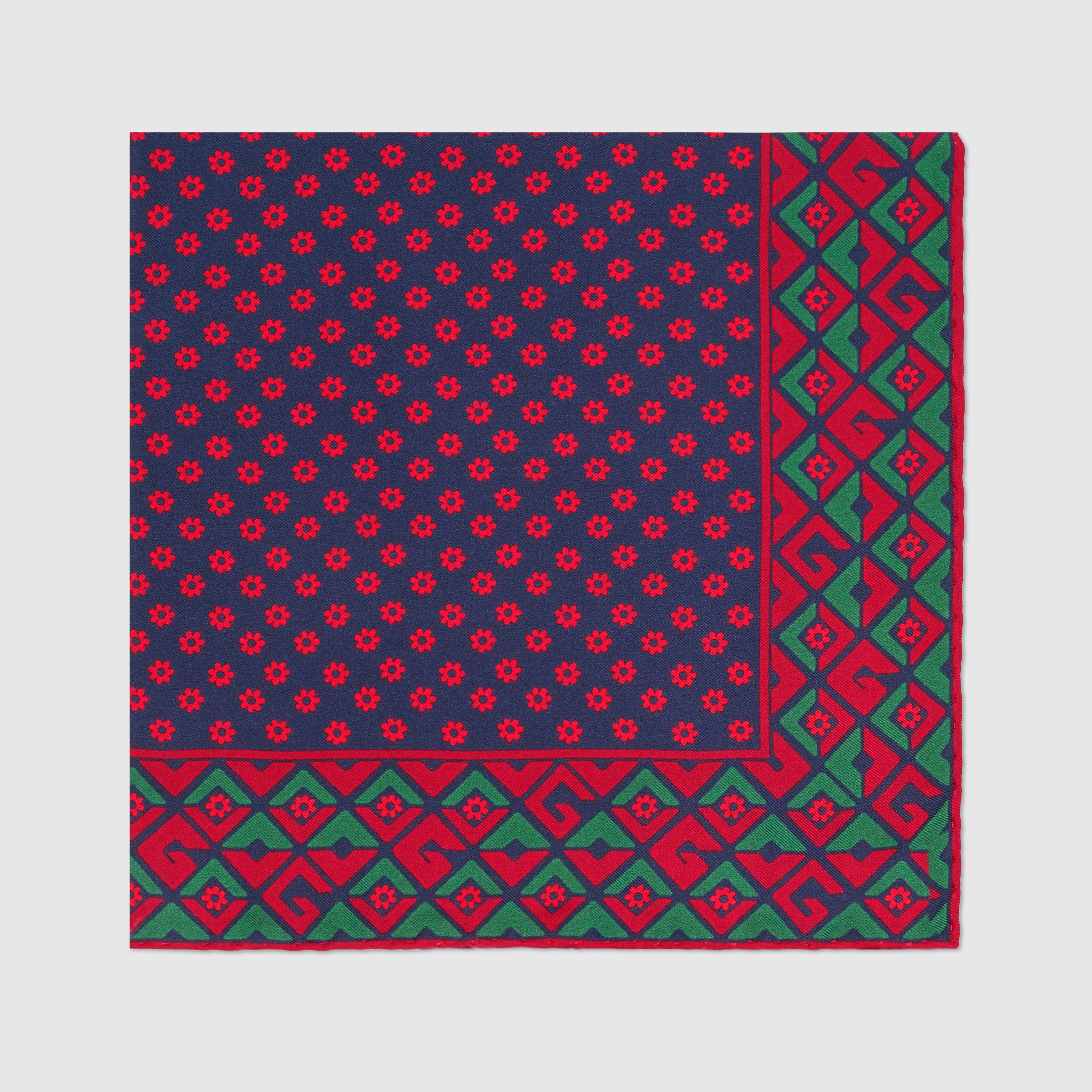 유럽직배송 구찌 GUCCI Geometric G print silk pocket square 5217434G0014273