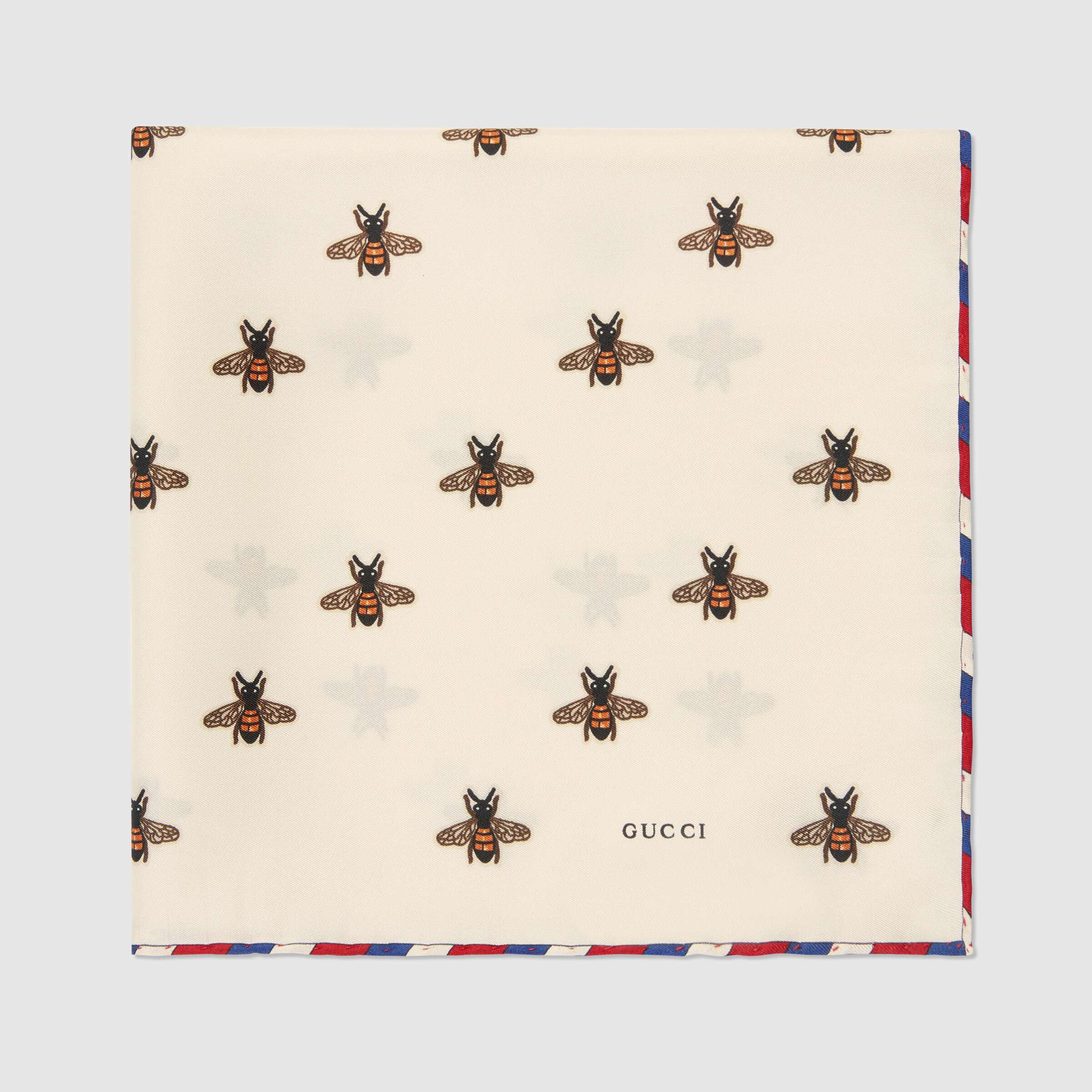 유럽직배송 구찌 GUCCI Bees print silk pocket square 4979104G0019200