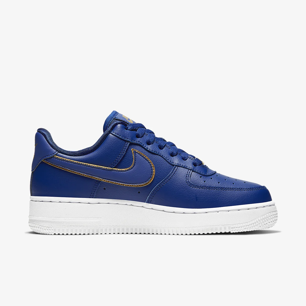 유럽직배송 나이키 NIKE Nike Air Force 1 '07 Essential Women's Shoe AO2132-401