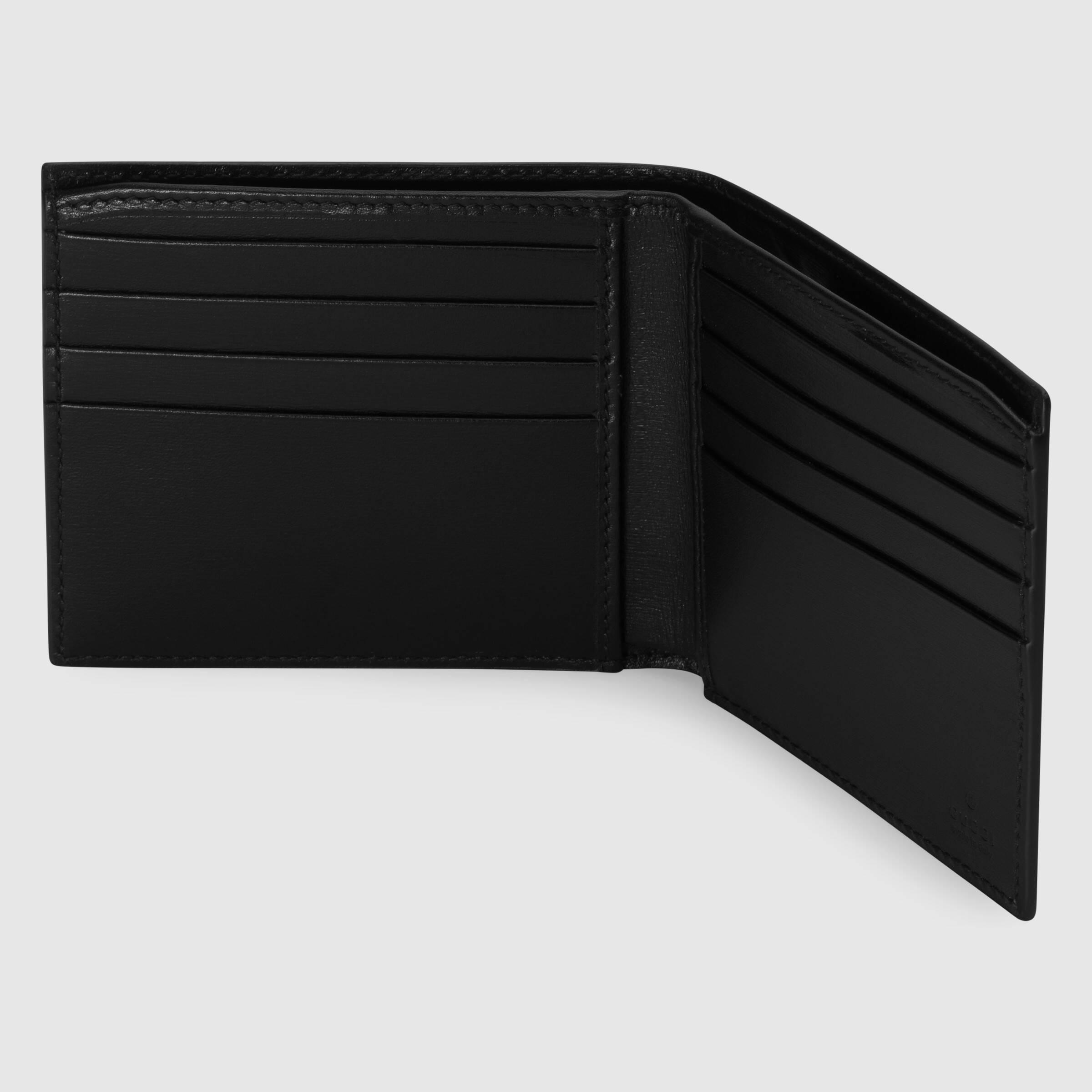유럽직배송 구찌 GUCCI Crocodile bi-fold wallet 365482EZIBG1000