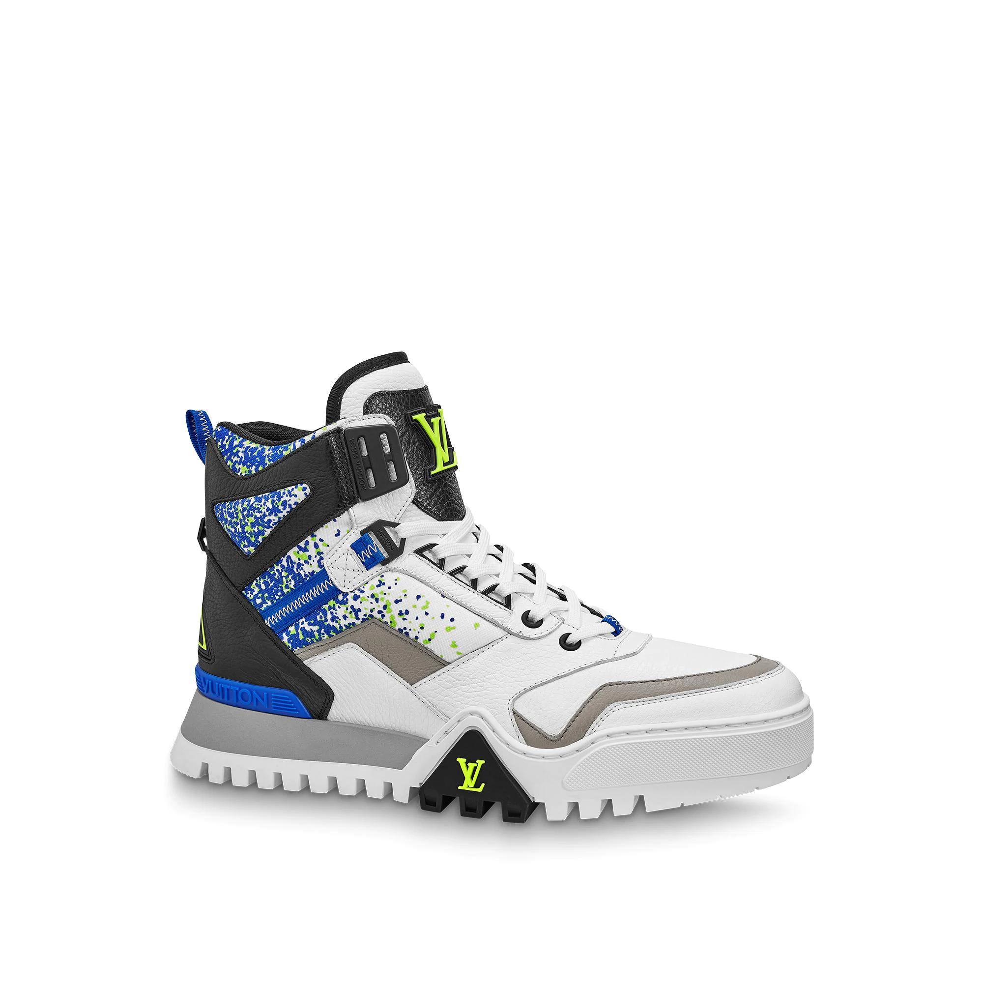 유럽직배송 루이비통 LOUIS VUITTON LV Hiking Ankle Boots 1A5XJO
