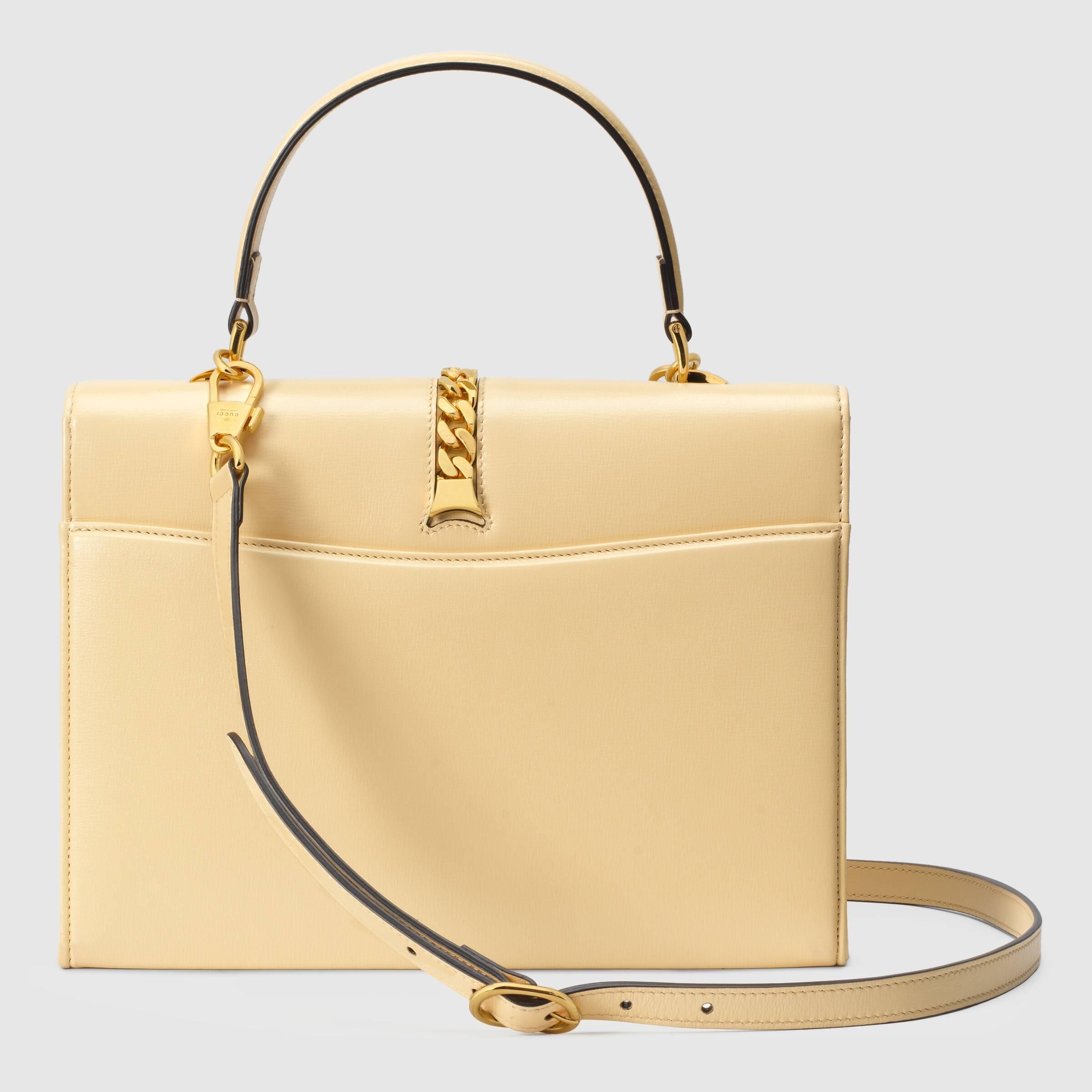 유럽직배송 구찌 토트백 GUCCI Sylvie 1969 small top handle bag 6027811DB0G9327