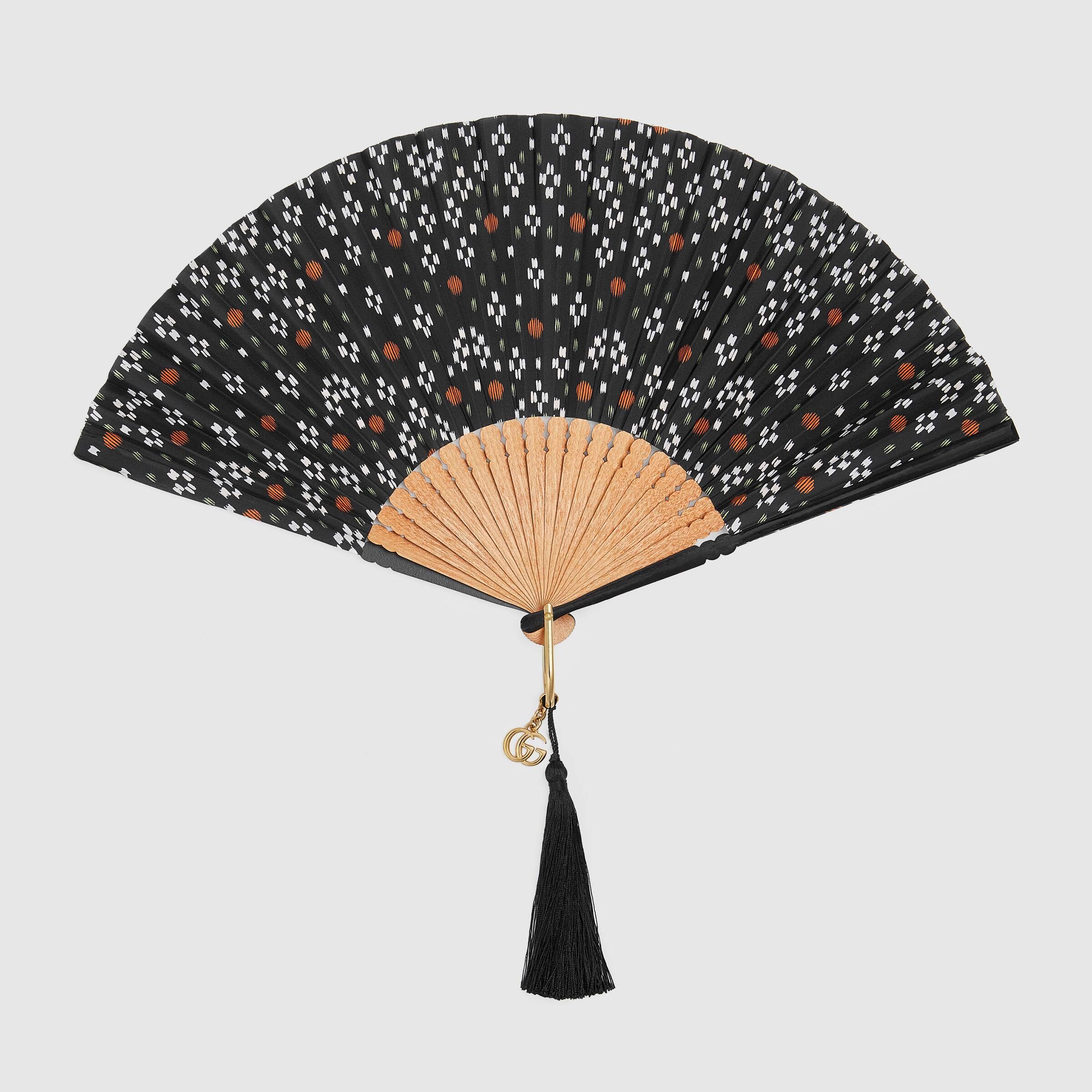 유럽직배송 구찌 GUCCI Gucci Geometric dots print silk fan 6232111T5HG1198