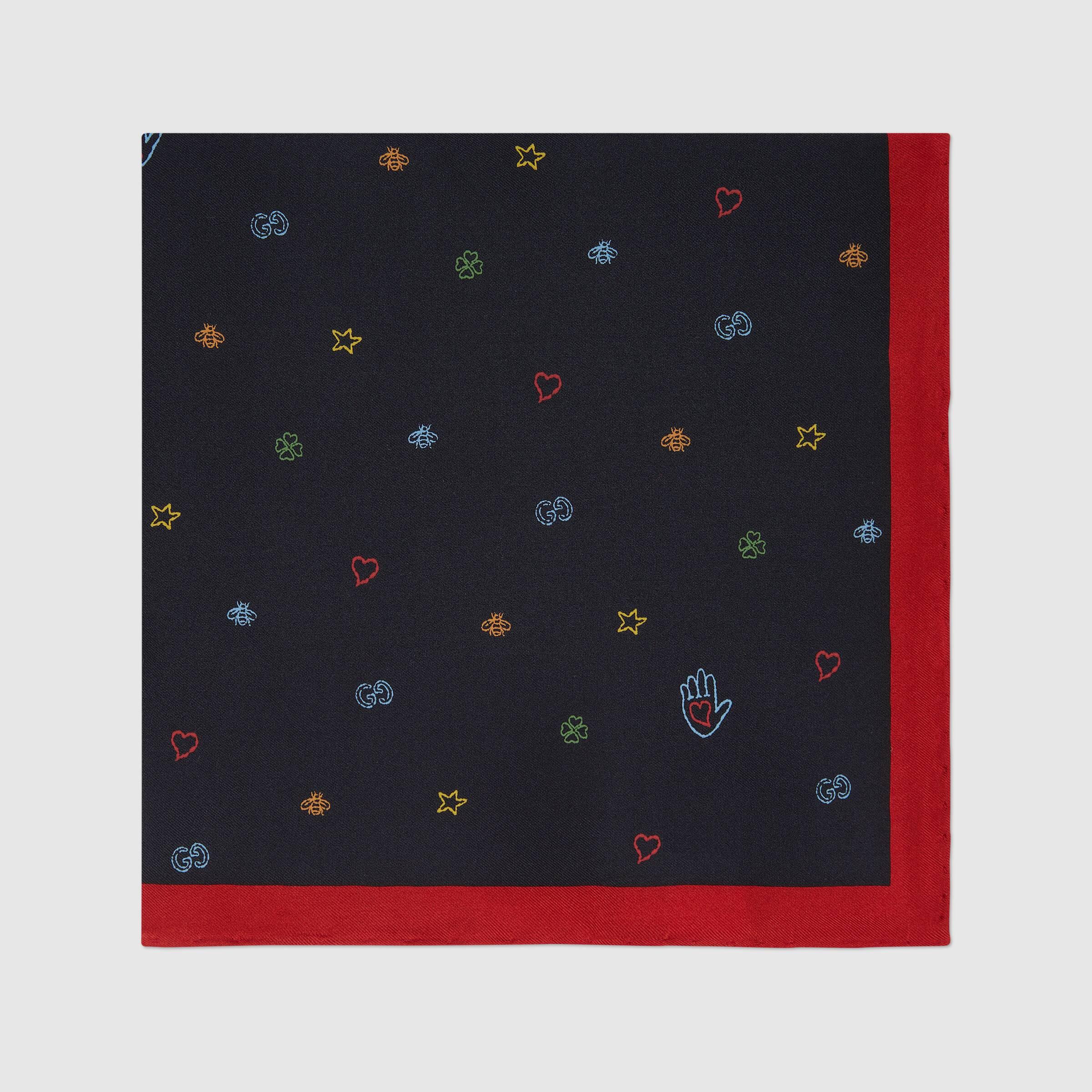 유럽직배송 구찌 GUCCI Gucci Symbols silk pocket square 6305194G0014000