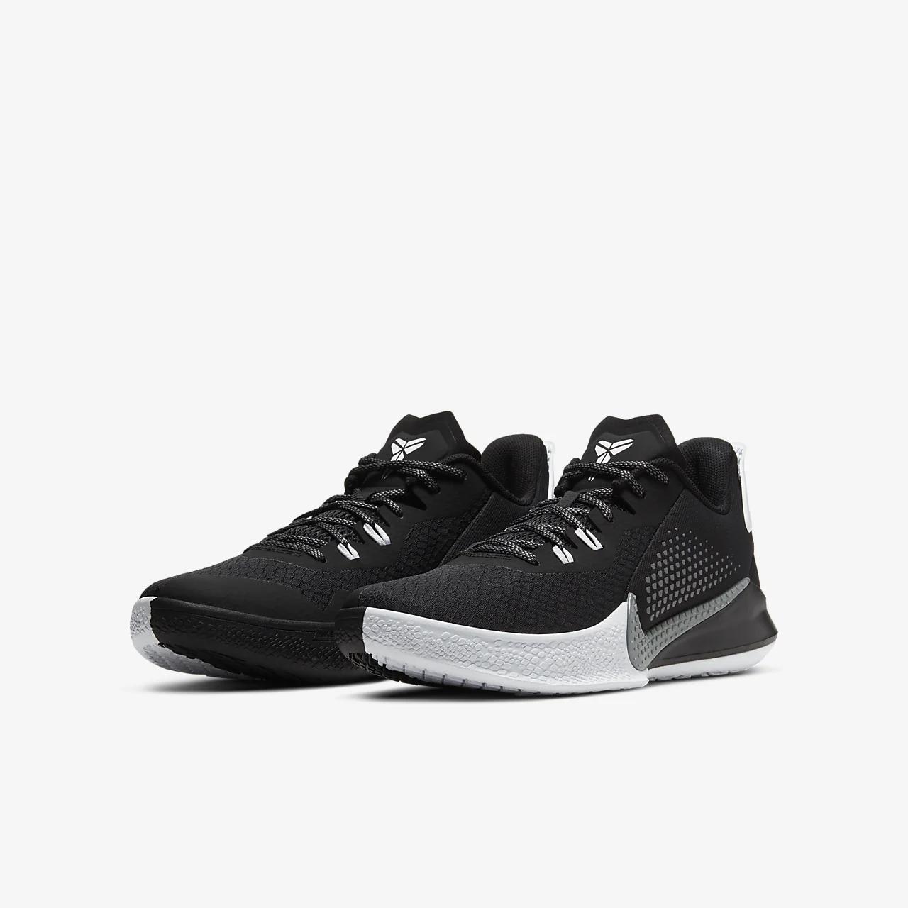 유럽직배송 나이키 NIKE Mamba Fury Basketball Shoe CK2087-001