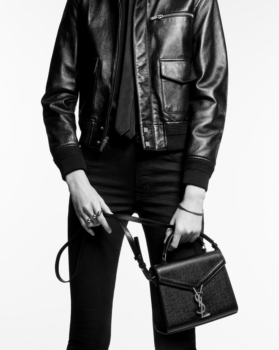 유럽직배송 입생로랑 SAINT LAURENT CASSANDRA Mini top handle bag in crocodile-embossed shiny leather 623930DND3J9266