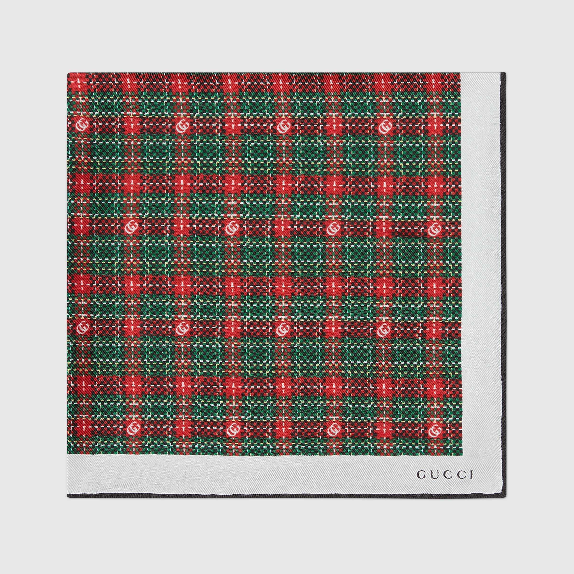 유럽직배송 구찌 GUCCI Gucci Check print silk pocket square 6496444G0013174