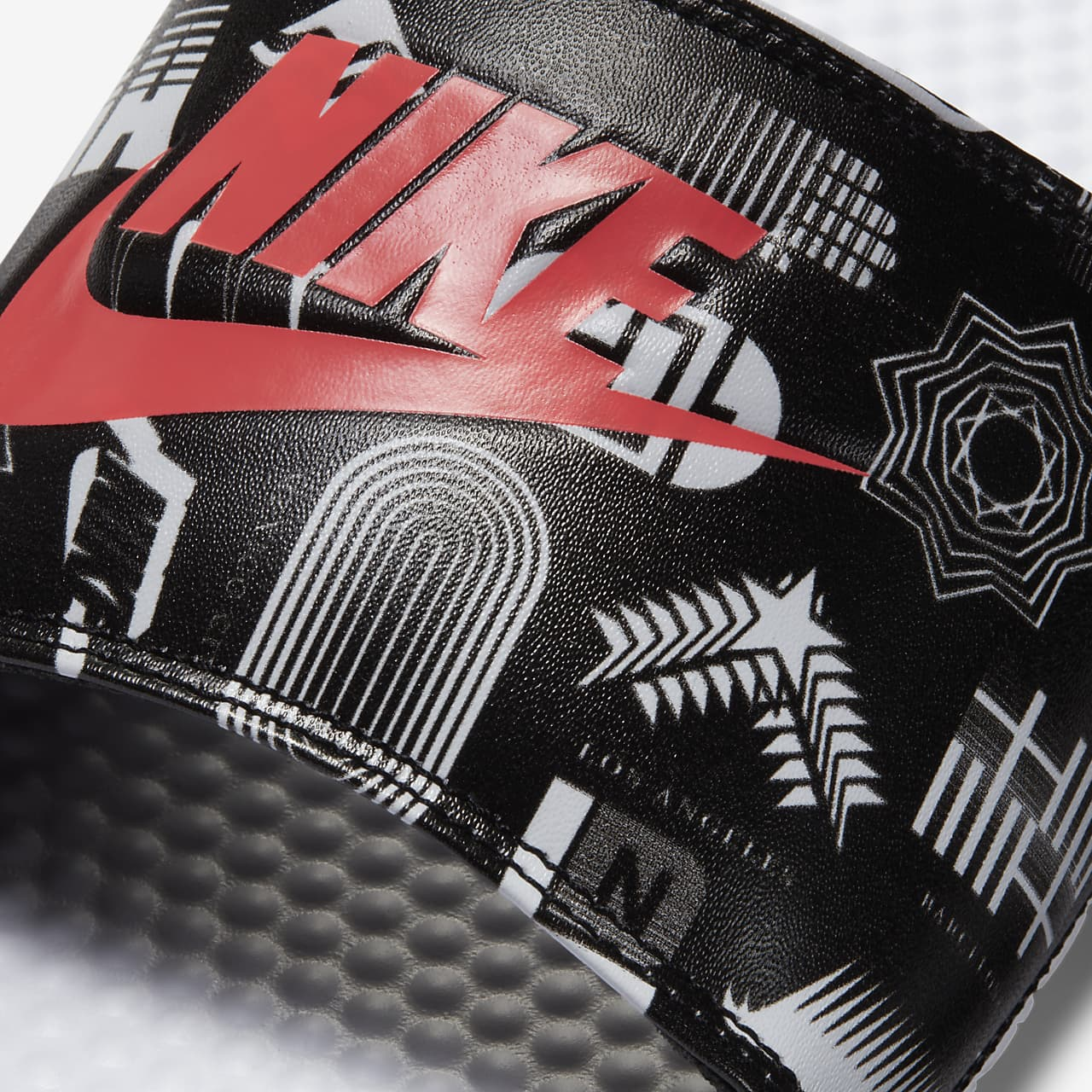 유럽직배송 나이키 NIKE Nike Benassi JDI Men's Slide 631261-107