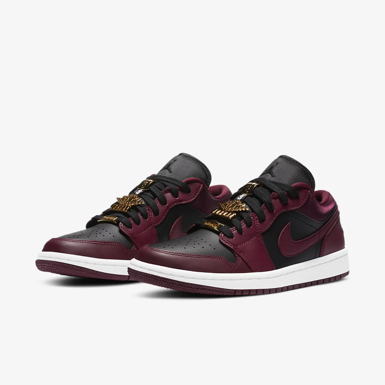 유럽직배송 나이키 NIKE Air Jordan 1 Low SE Women's Shoe DB6491-600