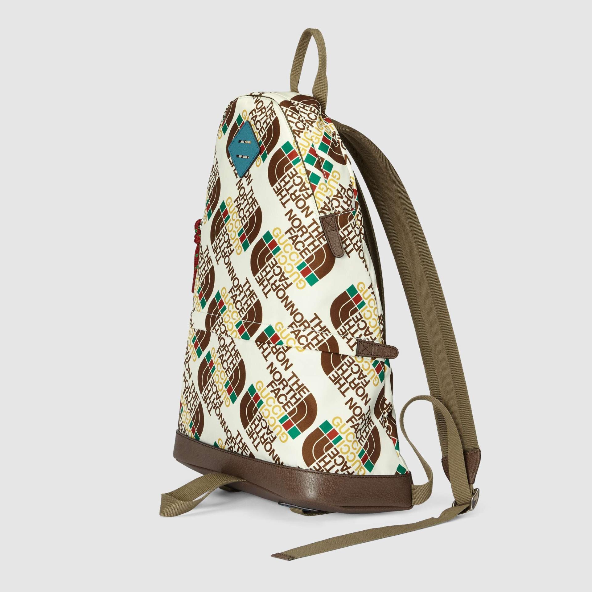 유럽직배송 구찌 GUCCI Gucci - The North Face x Gucci medium backpack 6502882QOCN9863