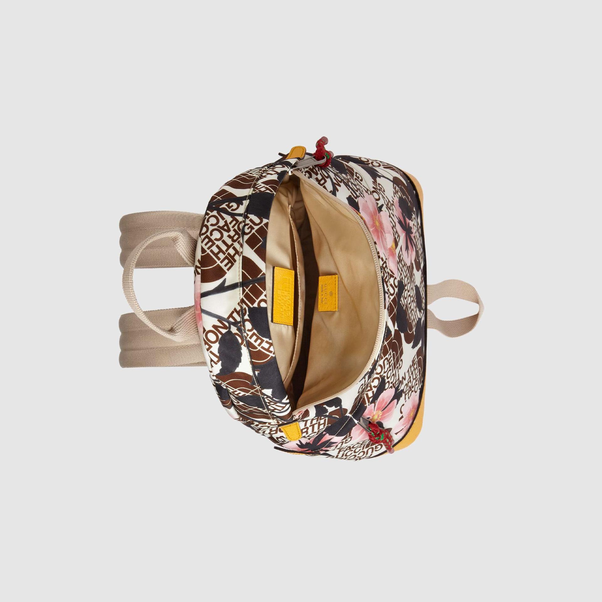 유럽직배송 구찌 GUCCI Gucci - The North Face x Gucci medium backpack 6502882QXCN9871