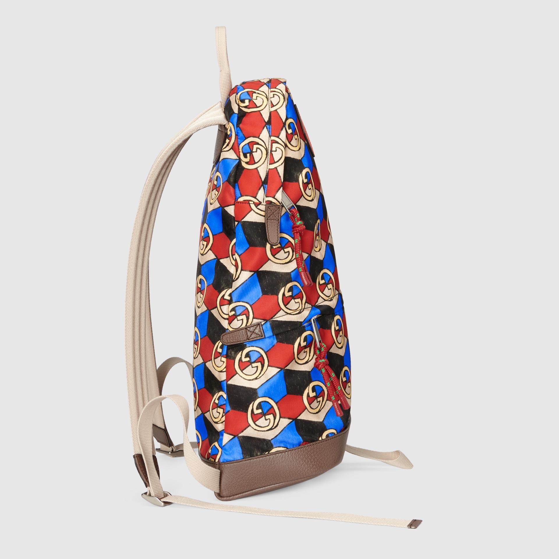 유럽직배송 구찌 GUCCI Gucci - Online Exclusive The North Face x Gucci medium backpack 6502882QUBN6670