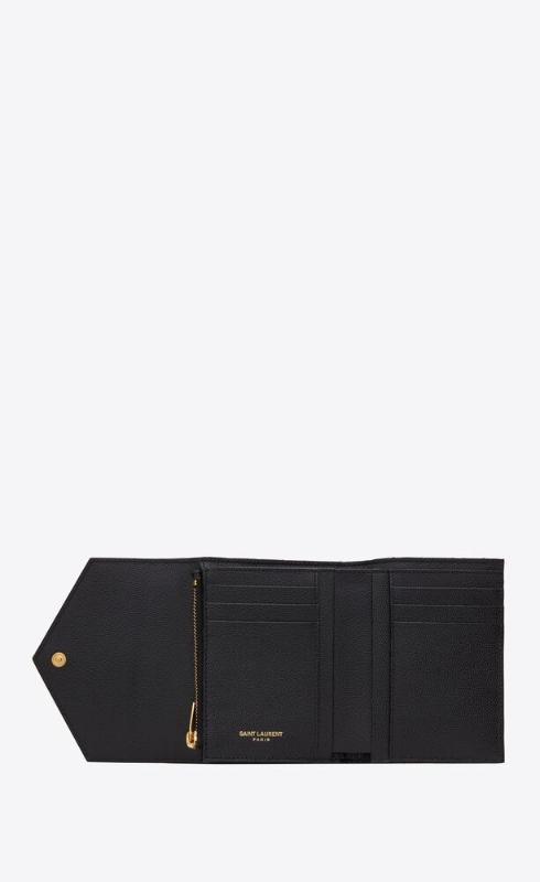 유럽직배송 입생로랑 SAINT LAURENT monogram compact tri fold in mix matelassé grain de poudre embossed leather 651028BOW911000