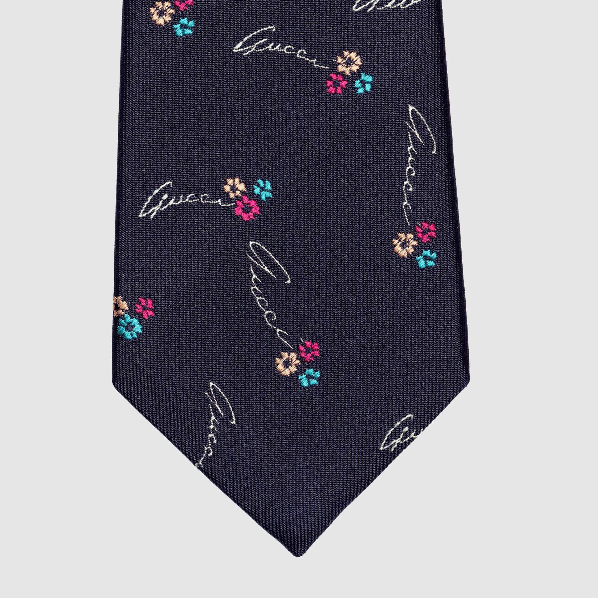 유럽직배송 구찌 GUCCI Gucci - Gucci flowers silk tie 5970964E0024000