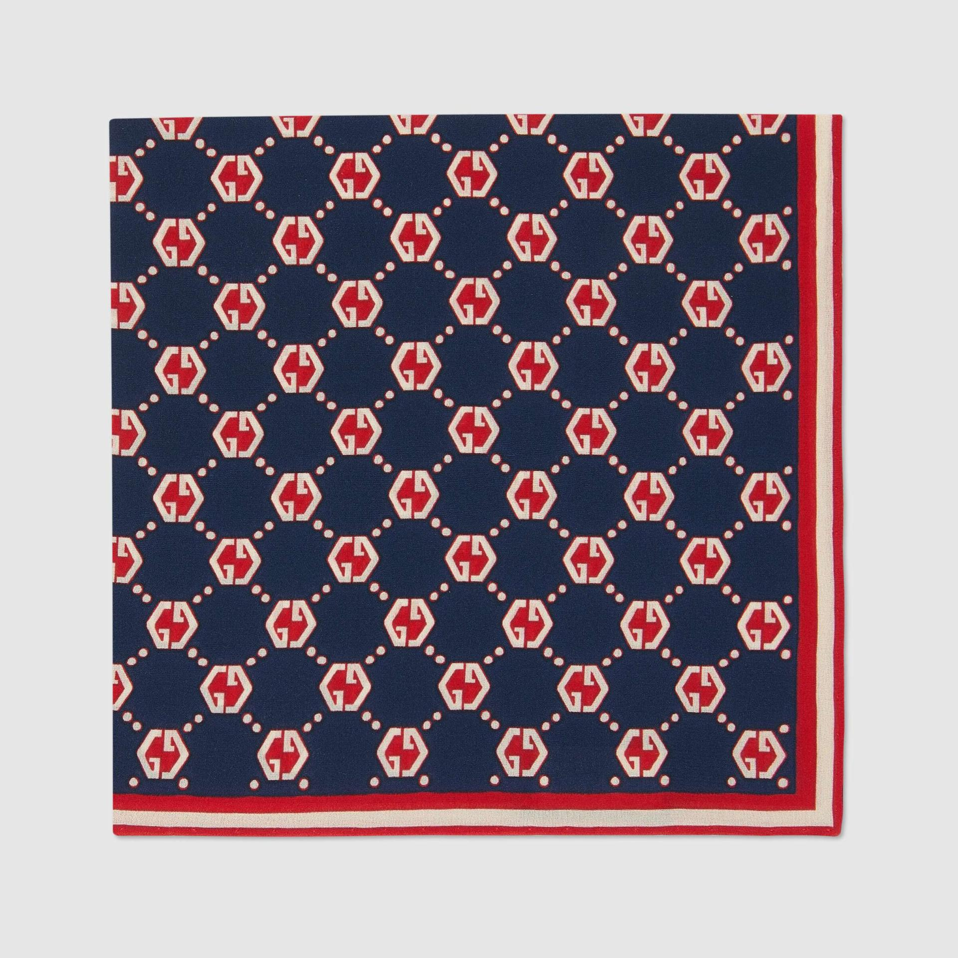 유럽직배송 구찌 GUCCI Gucci GG hexagon print silk pocket square 6600764G0054174