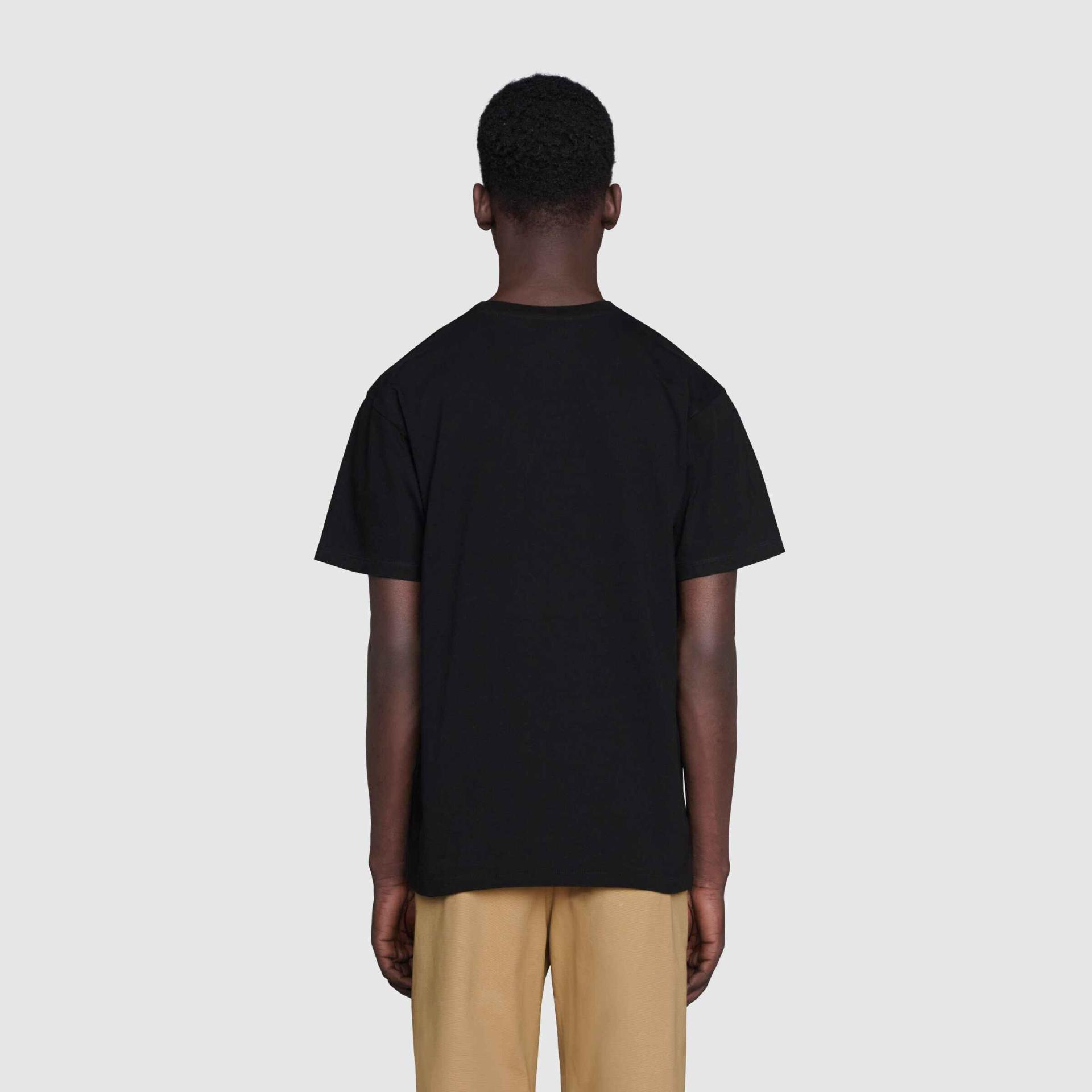유럽직배송 구찌 GUCCI Gucci T-shirt with ICCUG animal print by Freya Hartas  548334XJDJW1082
