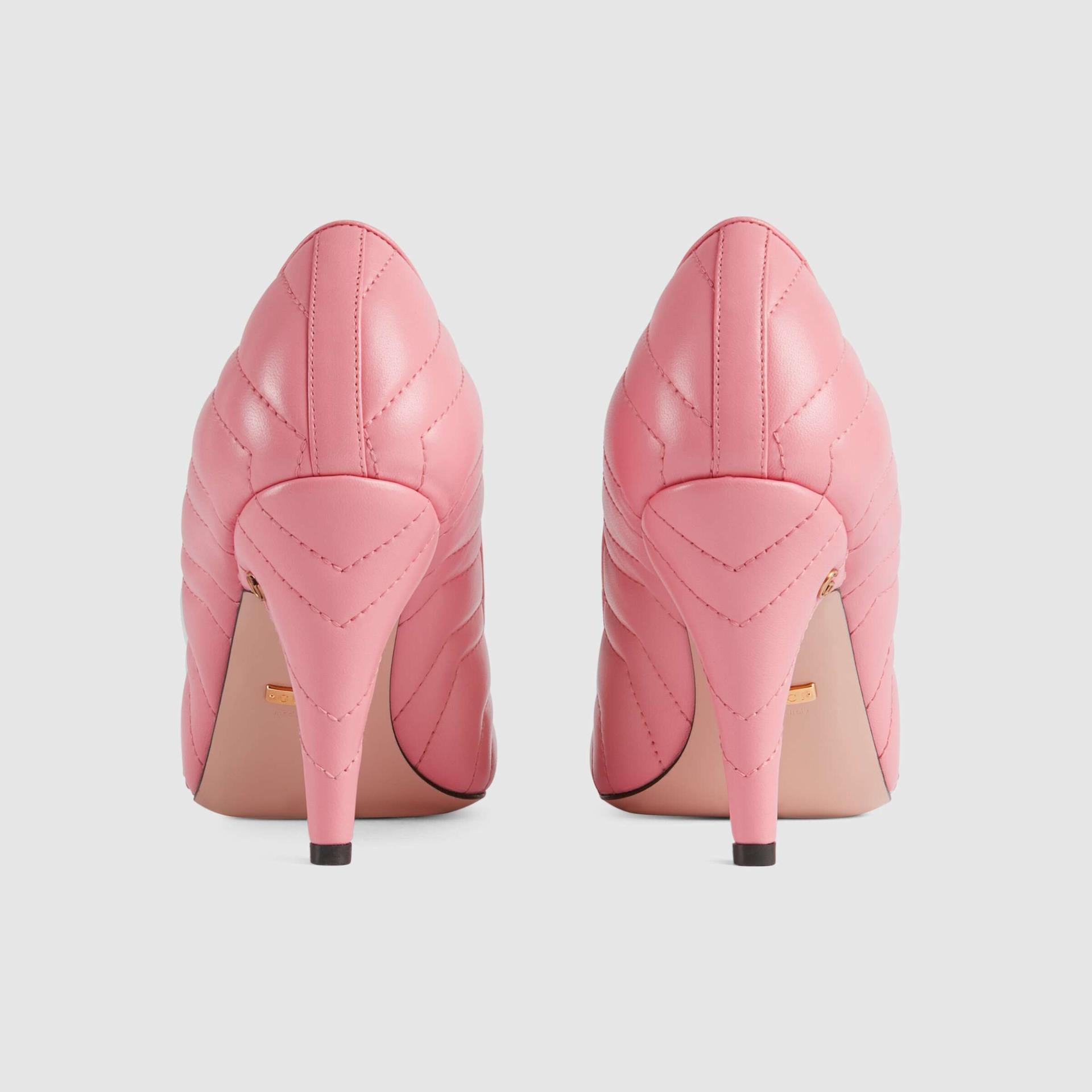 유럽직배송 구찌 GUCCI Gucci Womens matelassé pump 658374BKO005815