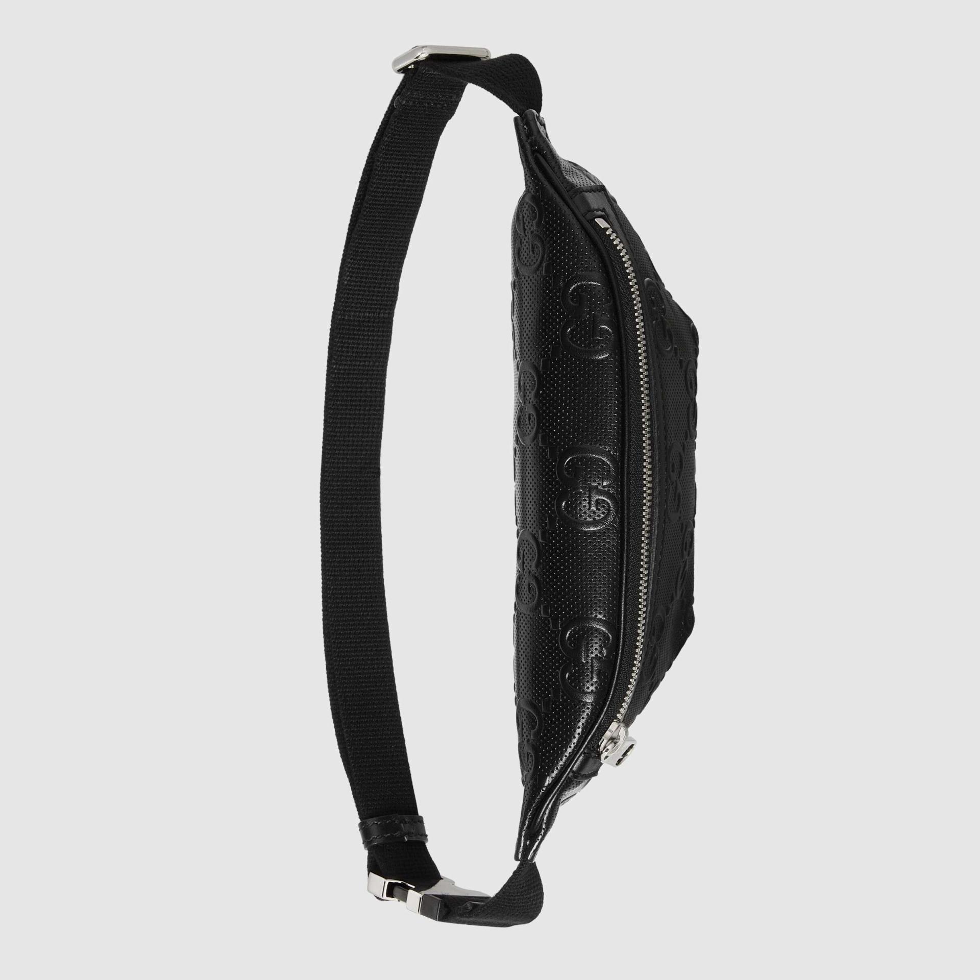 유럽직배송 구찌 GUCCI Gucci GG embossed belt bag 6585821W3CN1000