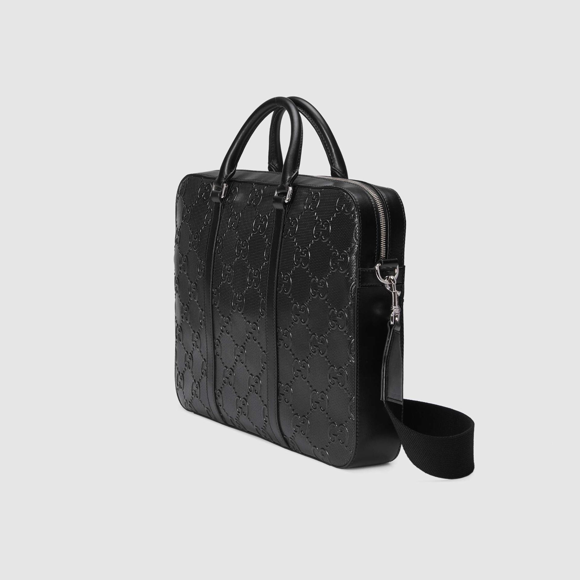 유럽직배송 구찌 GUCCI Gucci GG embossed briefcase 6585731W3CN1000